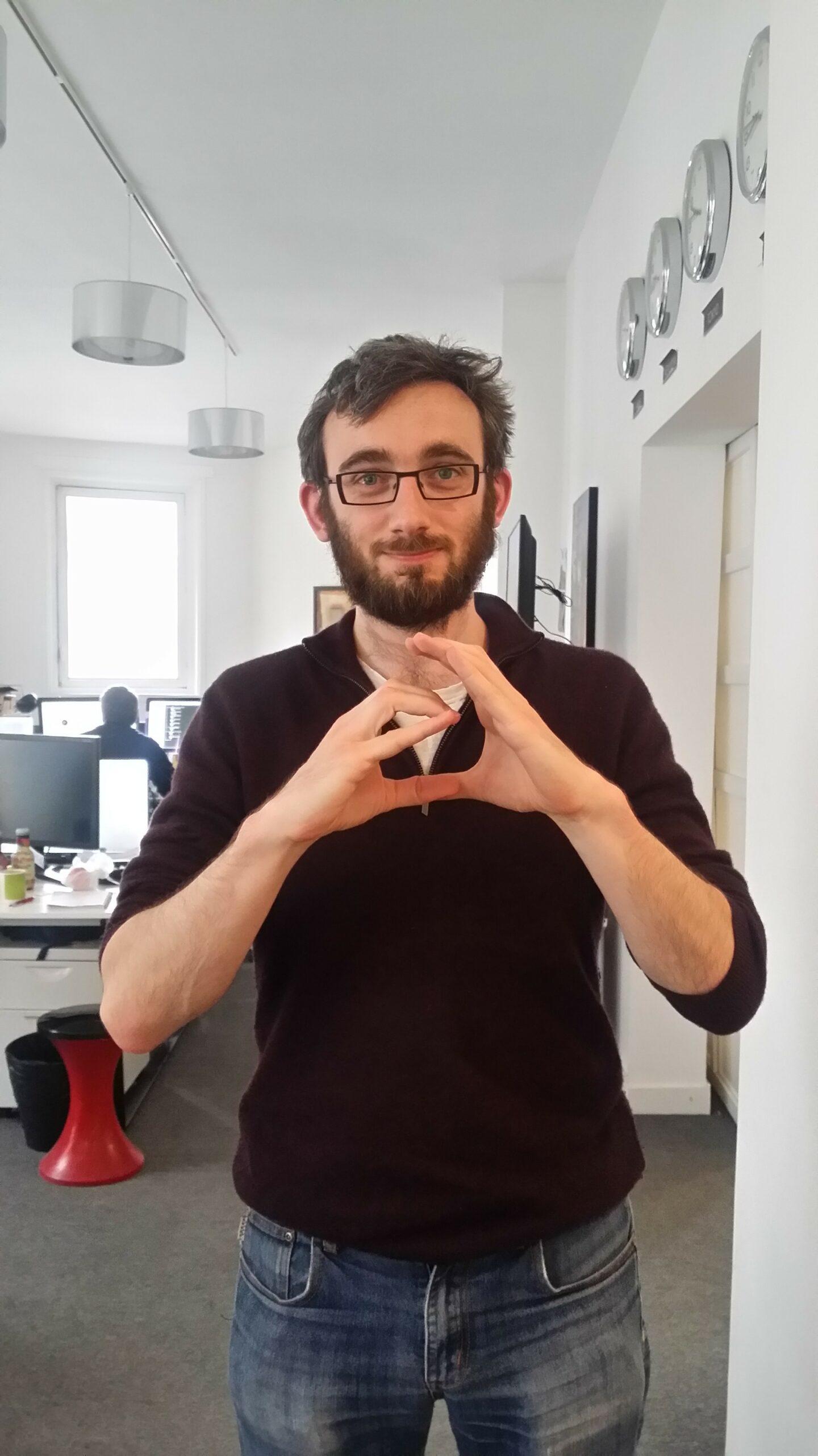 Creads en langue des signes selon Pierre-Louis