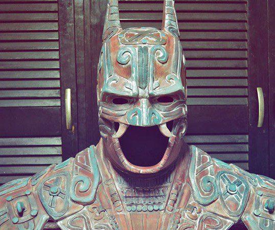 Kimbal et son armure de Batman version Maya !