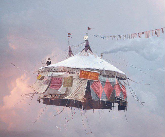 Talent à suivre: Laurent Chéhère, les maisons volantes remplies de poésie.