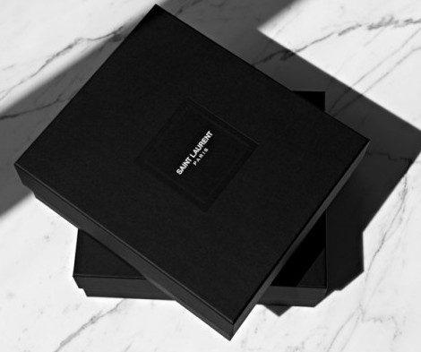 Le mythique Yves Saint Laurent n'est plus, place à Saint Laurent Paris